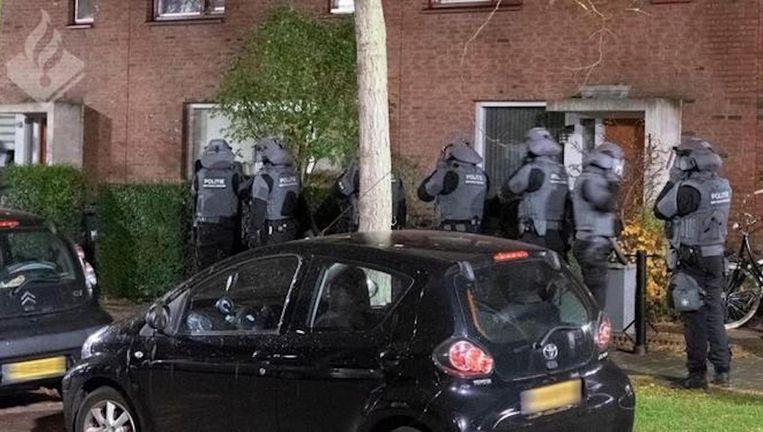 Op bijna veertig plaatsen deed de politie invallen. Beeld Politie