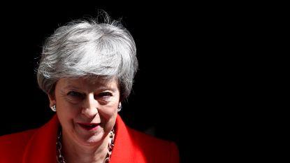 """Theresa May gaat """"nieuwe, gedurfde """" brexit-deal voorleggen"""