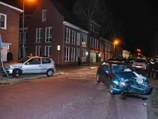 Twee auto's botsen op Spoorlaan in Oisterwijk
