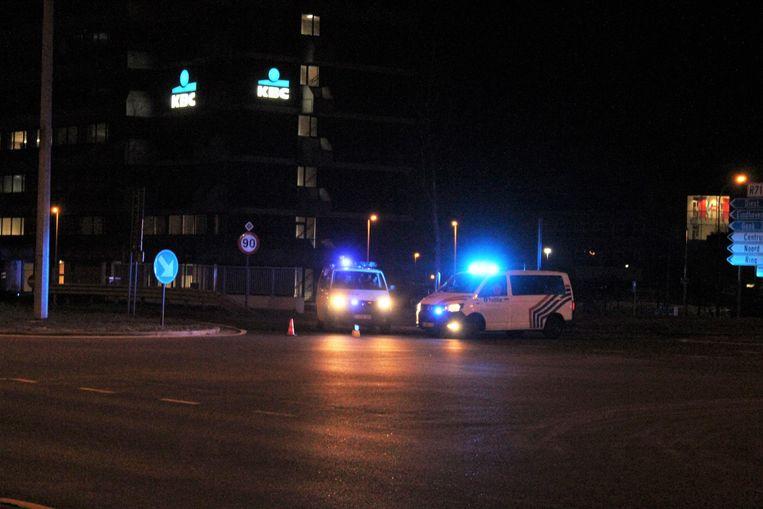 De politie sloot maandagavond laat ook een deel van de Gouverneur Verwilghensingel af.
