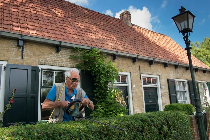De lastenverzwaring raakt ongeveer een miljoen huizenbezitters, met gemiddeld 1.000 euro extra laster per jaar.