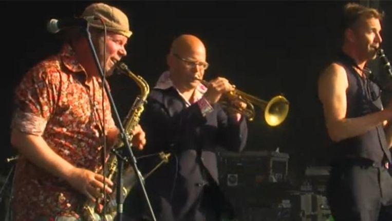 De Amsterdam Klezmer Band speelt het Worldstage Plat. Beeld AD