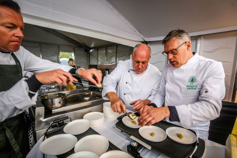 Brugge kookeet: Patrick Devos: vis van het jaar wijting, spitskool, gepofte quinoa, kruidensla, karnemelksaus