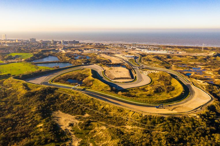 Het circuit van Zandvoort in aanbouw. Beeld HH