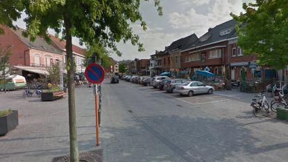 """Corbiestraat verkeersvrij voor grotere terrassen: """"Ook elders mogen cafés en restaurants buiten uitbreiden"""""""