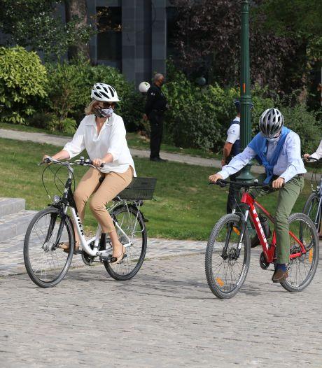 La famille royale profite de la Journée sans voiture à Bruxelles