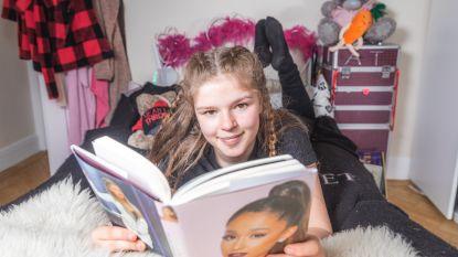 """Terreurslachtoffer Amelia (12) mag naar prinselijk huwelijk: """"Een selfie met Harry: dat zou geweldig zijn"""""""