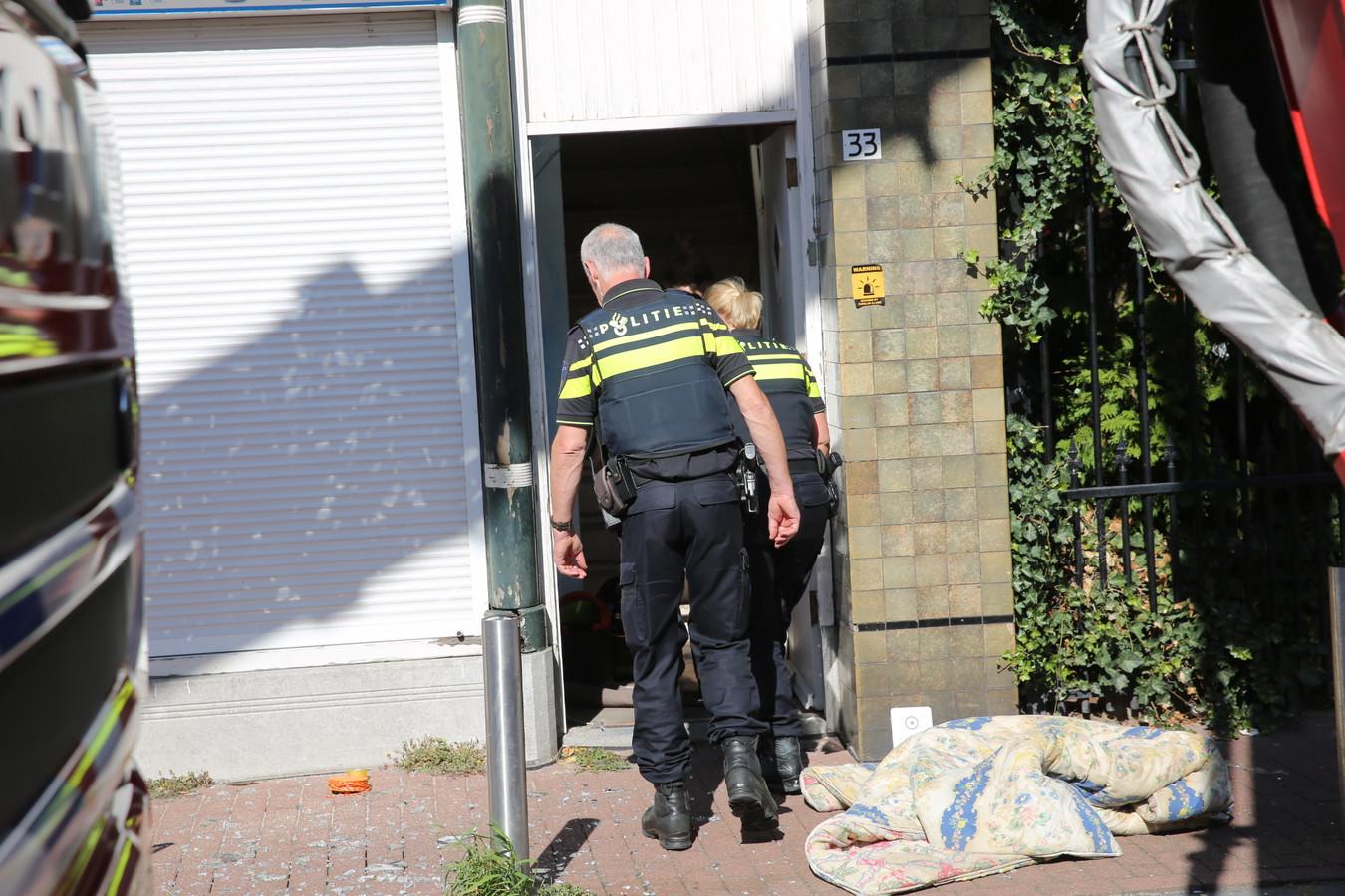 Hennepkwekerij in pand Hoogstraat Roosendaal.
