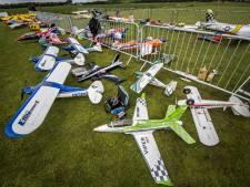 Dorpsraad Boekelo stapt naar de rechter als modelclub mag vliegen vanaf Badweg