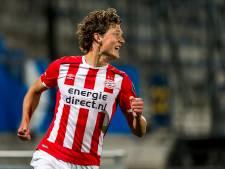 Sam Lammers zorgt bij Jong PSV voor punten en gloed in kil doorzonduel