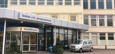 Polikliniek Emmeloord per direct dicht: 'Ik wist van niets'