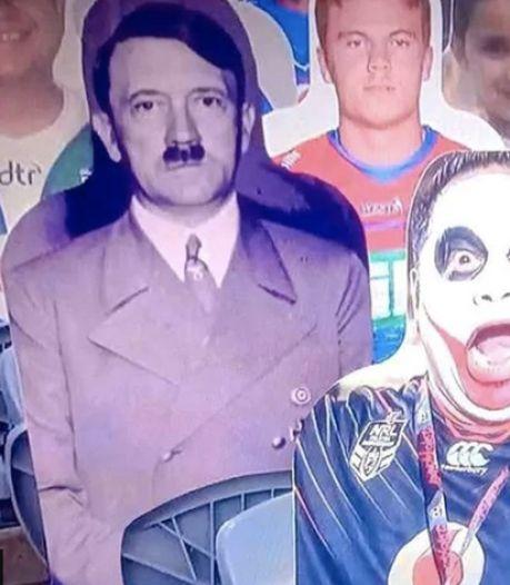 Quand Adolf Hitler se retrouve parmi les supporters en carton lors d'un match de rugby