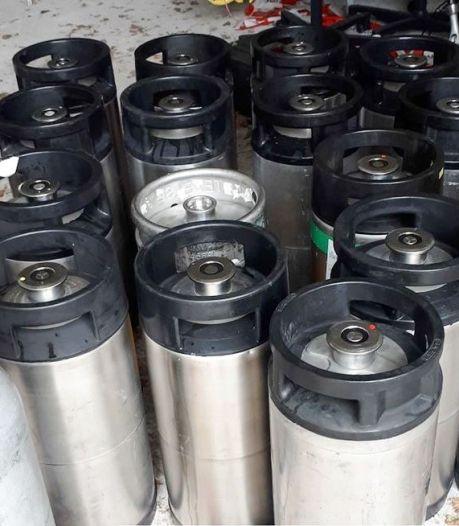 Bierfusten hadden leuke buit kunnen zijn, maar cameraschild verpestte dat feestje in de Noordoostpolder