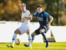 Transferkanon Karavaev zet Russen in de wachtkamer: 'Ik leg bij Vitesse nu een basis neer'