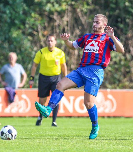 Doesburg schorst speler na wangedrag in derby