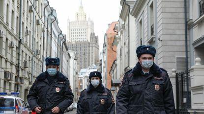 Russen mogen tot eind april niet meer naar het werk