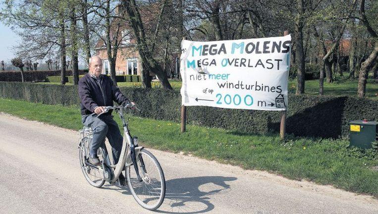 Protest tegen windmolens op Ooltgensplaat. Beeld Arie Kievit