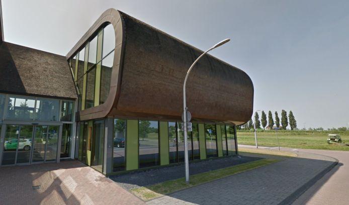 Het verenigingsleven en de politiek verwachten snel oplossingen vanuit het  gemeentehuis van Midden-Delfland in Schipluiden voor het tekort aan starterswoningen.