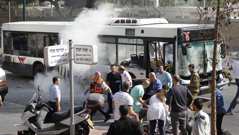 De explosie bij de bus in Tel Aviv. Beeld reuters
