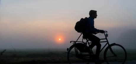 Politie slingert 25 fietsers op de bon in Helmond