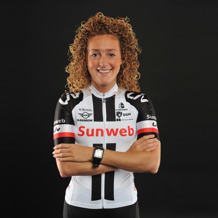 Wielrenster Floortje Mackaij (Woerden) van Team Sunweb Naam fotograaf vermelden!