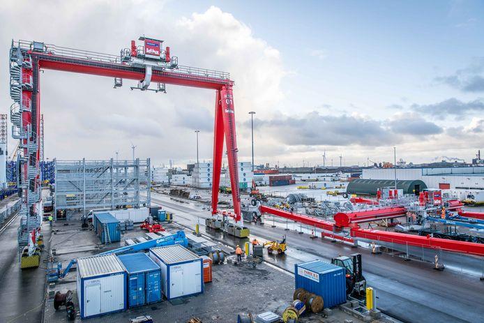 Archieffoto: containerterminal in aanbouw bij Kloosterboer in Vlissingen.