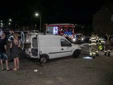 Bestelbusje tot ontploffing gebracht in Arnhemse wijk Presikhaaf, knal tot in binnenstad te horen