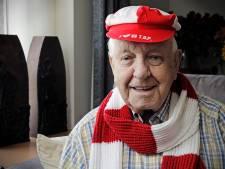 TOP Oss raakt trouwste fan kwijt door  overlijden van Tonnie van Veghel (88)