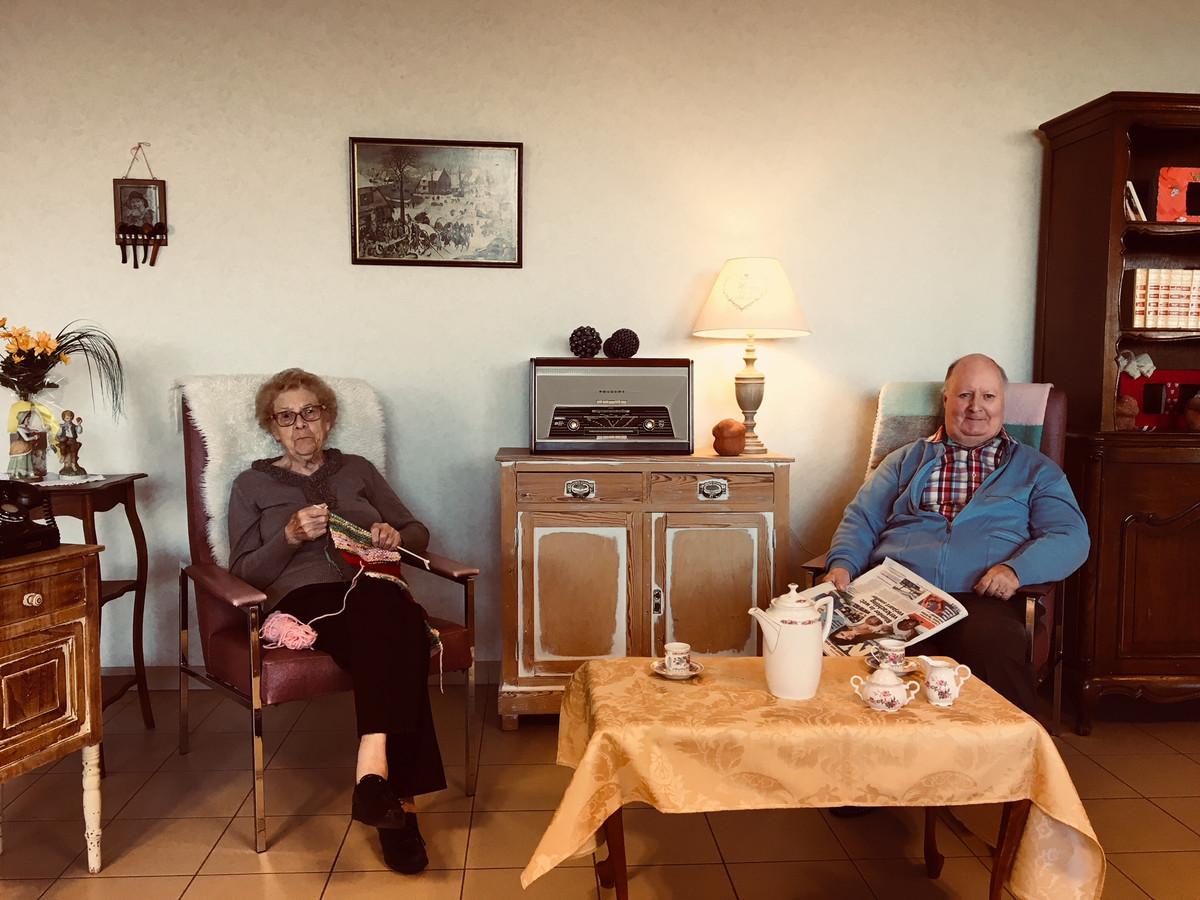 Radio Copain gaat internetradio maken in Emmaüs vanuit een retro ingerichte woonkamer.