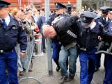 Politie zoekt aan vooravond Prinsjesdag 'waxinelichtgooier'