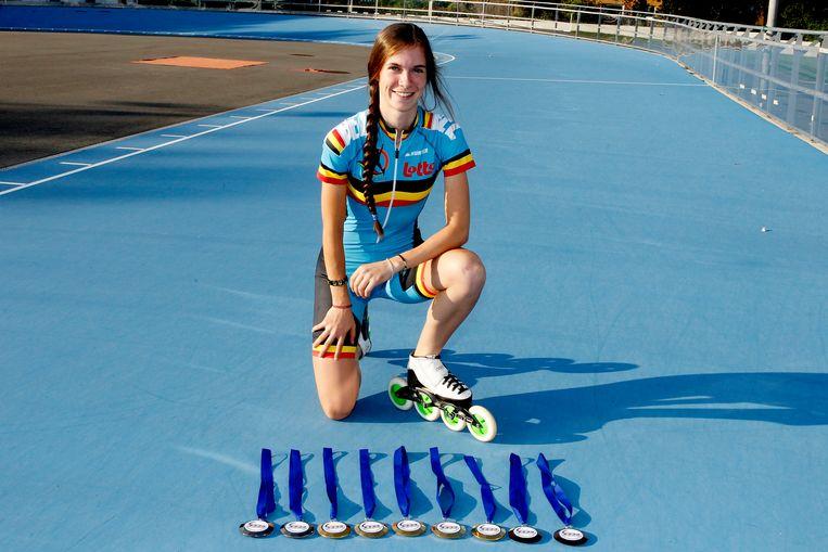 Sandrine Tas, de Belgische slokop op het EK skeelren met 9 medailles.