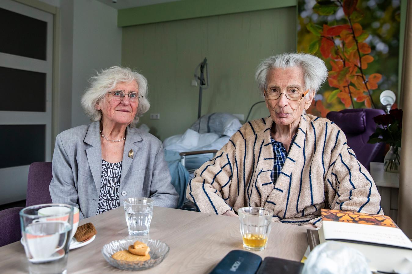 Kees Smeele (22 juni 1932 - 6 maart 2020) en Fieke van Vree (2 mei 1932 – 2 maart 2020)