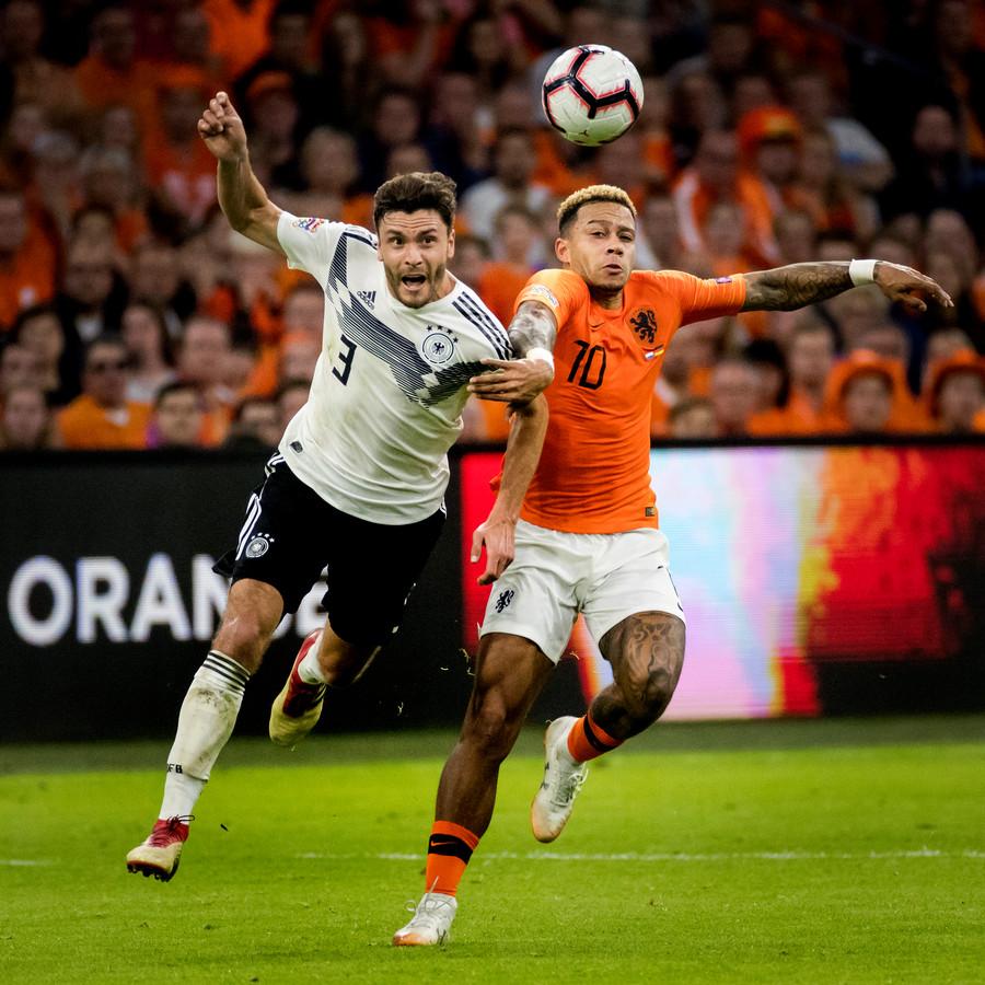 Vragen over Oranje, de Eredivisie, het WK; ze komen op vrijdag 25 januari allemaal voorbij.