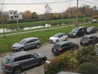 """Schoolstraat aan basisschool De Spreeuwen komt veiligheid ten goede, maar: """"Gevaar is verplaatst naar Kapelleblokstraat en Auwegemvaart"""""""