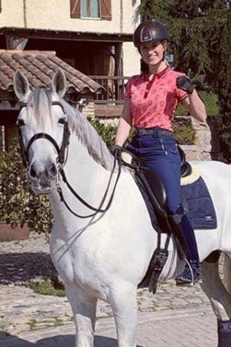 John de Mol koopt droompaard voor Britt Dekker