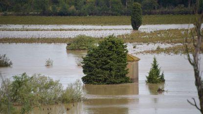 """Tien doden door noodweer in Zuid-Frankrijk: """"Water tot zes meter hoog"""""""