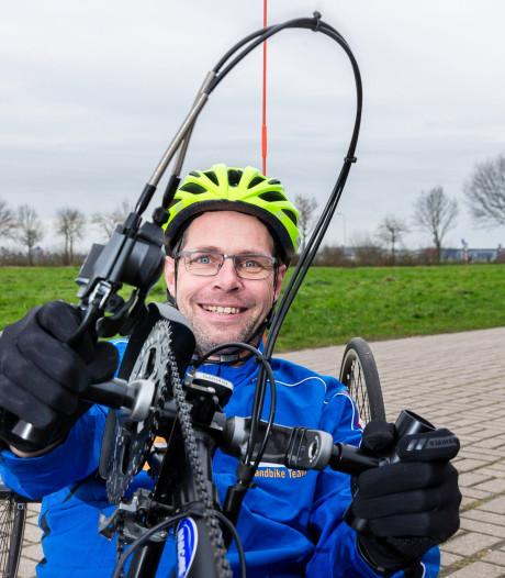 Exoskelet voor Evert Bloemert uit Staphorst binnen handbereik