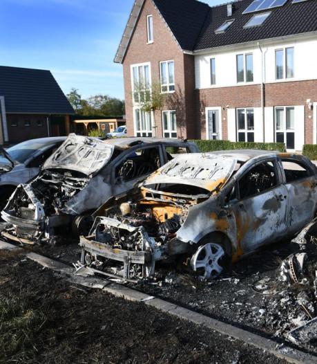 5 vragen over autobranden in Culemborg '...het zou toch niet weer..'
