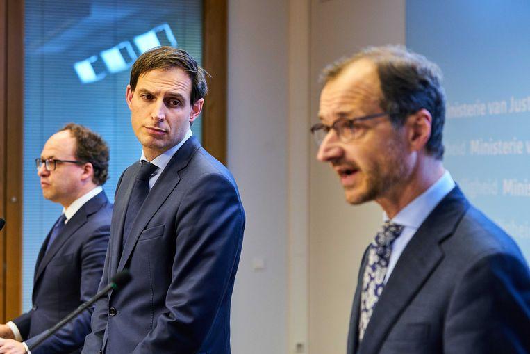Minister Wouter Koolmees, Wopke Hoekstra en Eric Wiebes kondigden vorige week steunmaatregelen voor zzp'ers aan. Beeld Phil Nijhuis/ANP