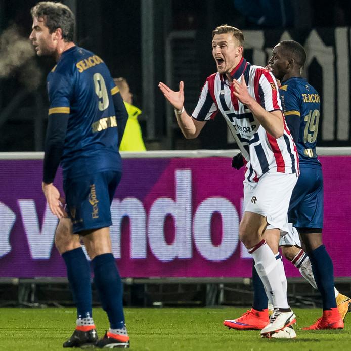 Thomas Meissner is het niet eens met arbitrale beslissing in de thuiswedstrijd van Willem II tegen VVV (3-0).