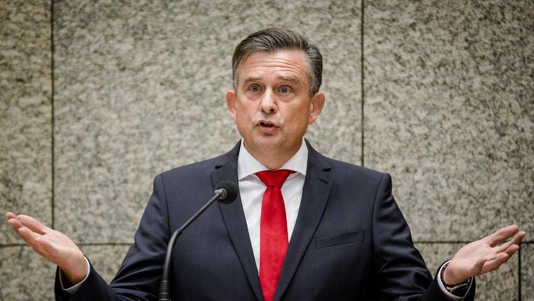 SP-leider Emile Roemer wordt aangevallen op zijn zorgplannen. Beeld anp