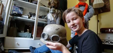 Oorlogsverzamelaar Geert (13) uit Rucphen: 'Mensen moeten blijven herdenken'