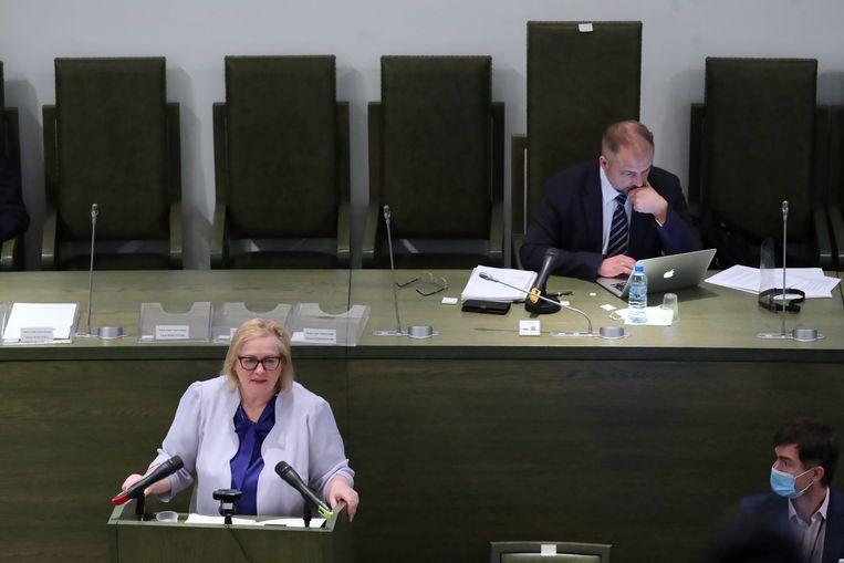 Malgorzata Manowska werd maandag benoemd tot voorzitter van het Poolse Hooggerechtshof. Ze heeft nauwe banden met de huidige regering, dat maakt haar benoeming omstreden.  Beeld EPA