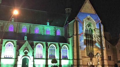 Raad nummers die beiaard van Sint-Amandskerk  speelt en win cadeaubon
