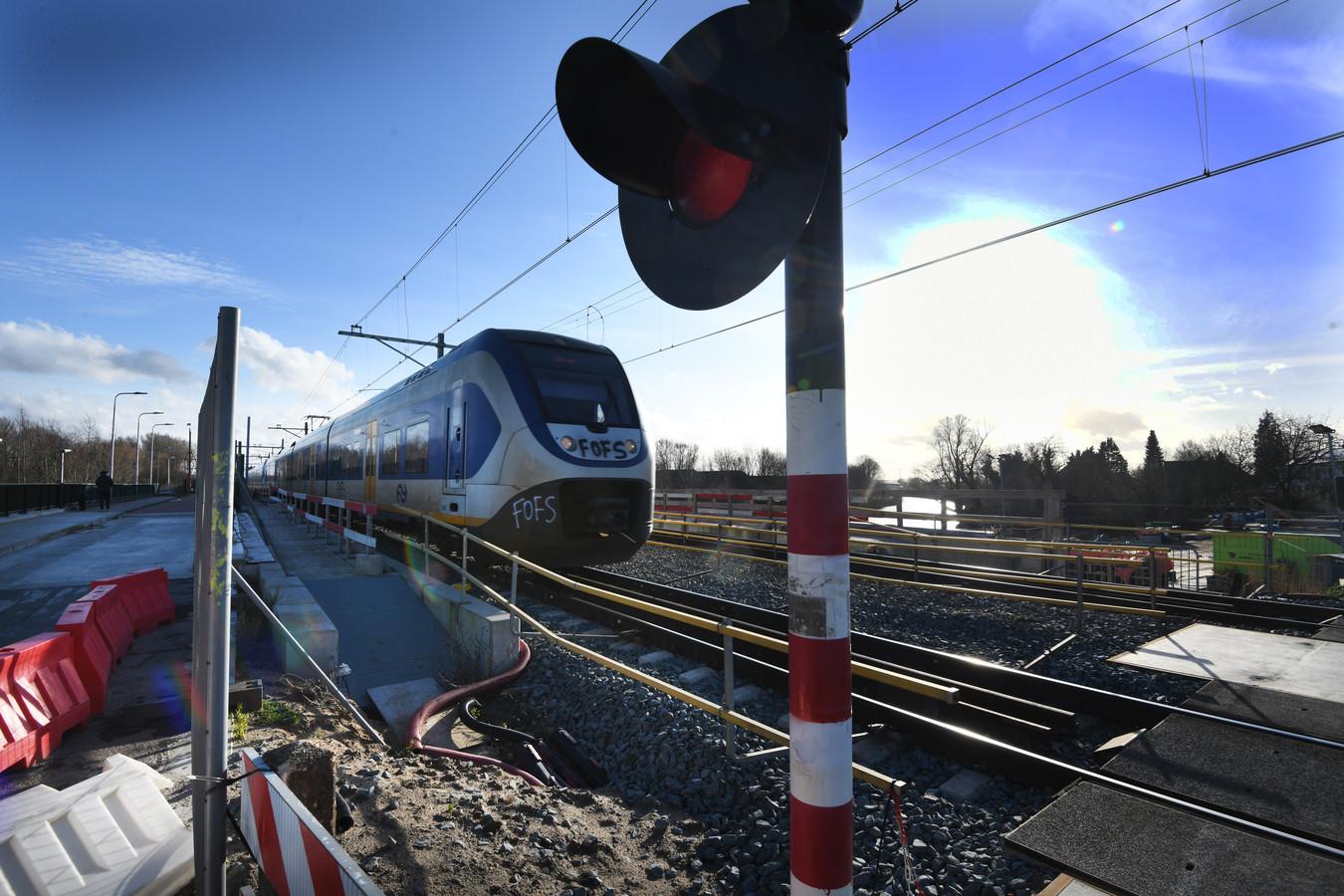 Werkzaamheden aan het spoor in Tricht.