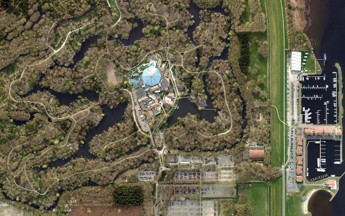 Center Parcs legt 46 miljoen euro op tafel om park De Eemhof in Zeewolde de facelift te geven die bij de moderne tijd hoort.