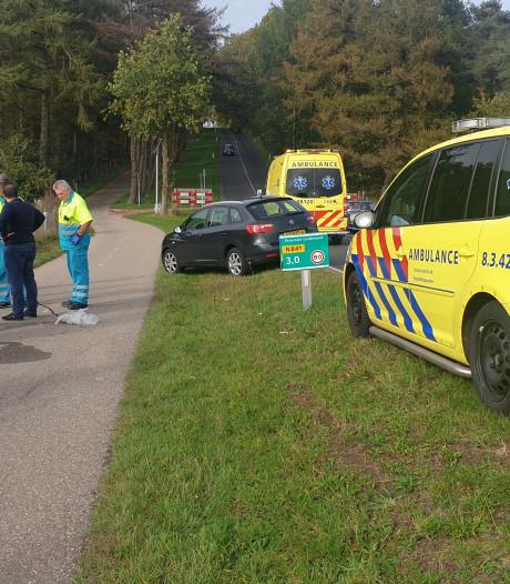 Fietser raakt gewond aan hoofd bij val op Zevenheuvelenweg in Groesbeek