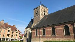 """Nieuwe inwoner klaagt over lawaai kerkklokken en haalt slag thuis: """"Belachelijk"""", reageert buurt"""