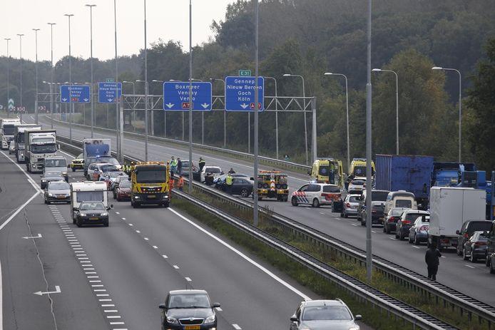 De A73 is in beide richtingen afgesloten.