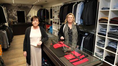 Lutgart (65) en Carina (61) verkopen Men's World uit
